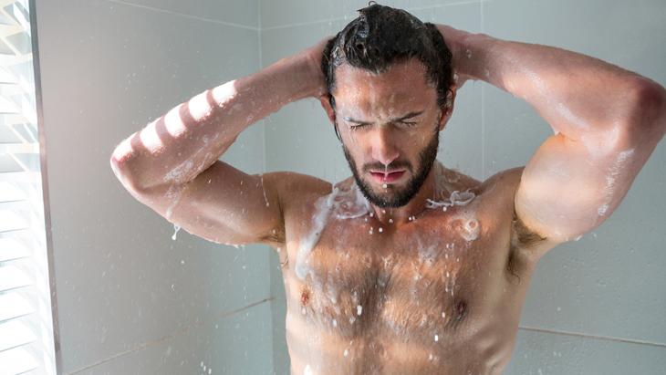 お風呂やシャンプーで髪が抜ける男性、抜け毛が多くて心配でも対策はある